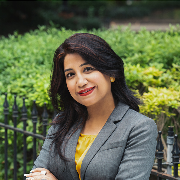 Photo of experienced immigration senior attorney Sumita Arora
